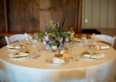 Table setting (Photo by Amanda Oakes Photography)